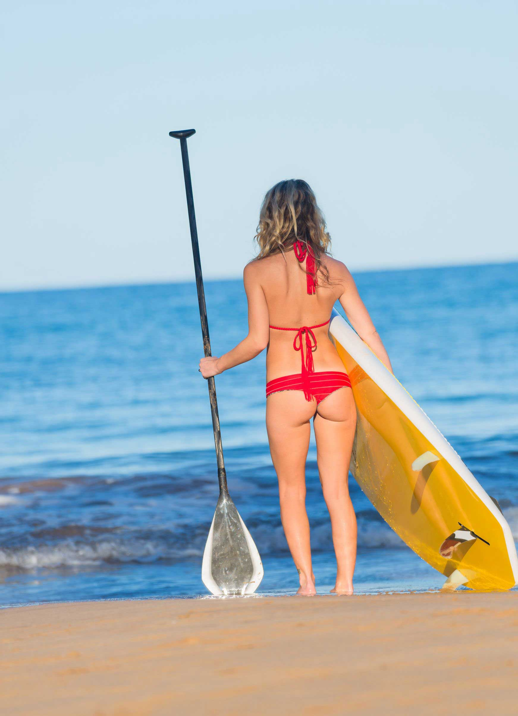 Frau-on-Stand-Up-Paddle