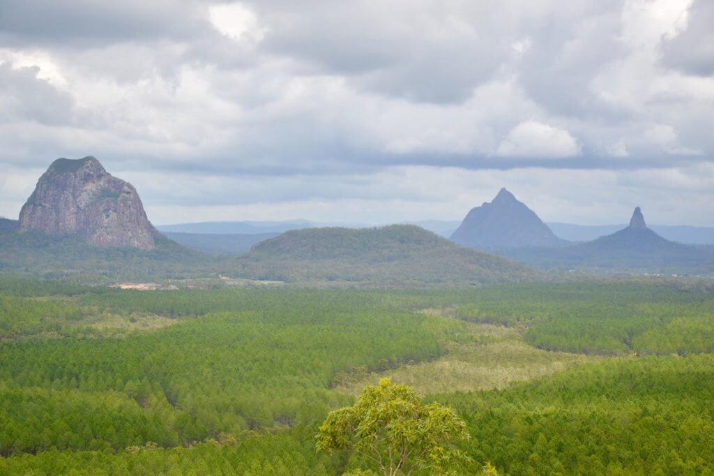 Glas house mountains Welches Wohnmobil mietet man am besten für Australien?